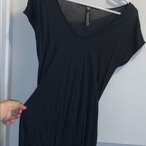 Aritzia Community Black Xxs tie waist t-dress
